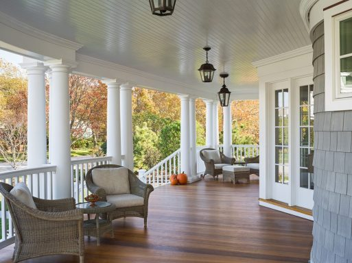 Vintage-Front-Porch-Chandelier-Ideas